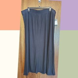 Terra & Skye black maxi new with tags
